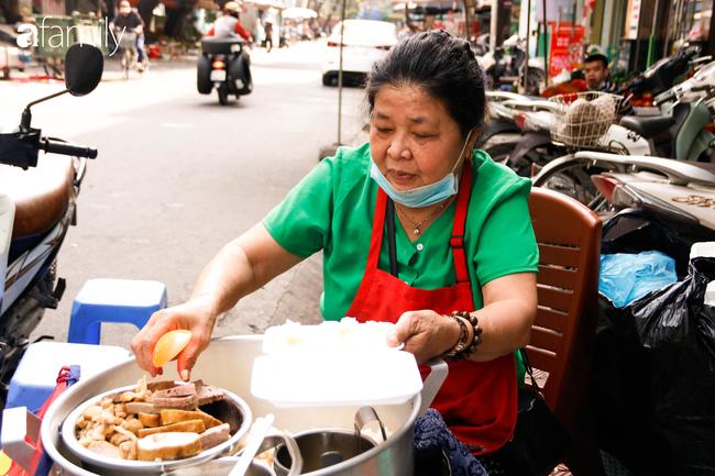 Nét duyên ẩm thực trên đất Kinh Kỳ chẳng cầu kì hoa mỹ với xôi sắn dẻo bùi - Ảnh 3.