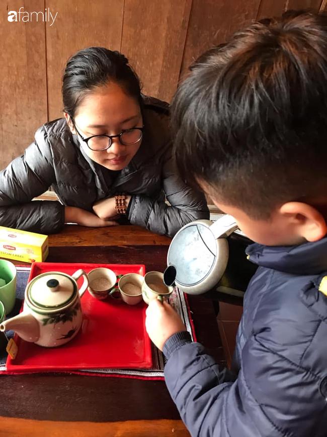 Chuyện xúc động của một người mẹ Nghệ An, đang ngã quỵ vì gặp biến cố cuộc đời bỗng giật mình khi con trai nhìn thẳng vào mắt và nói 1 câu - Ảnh 4.