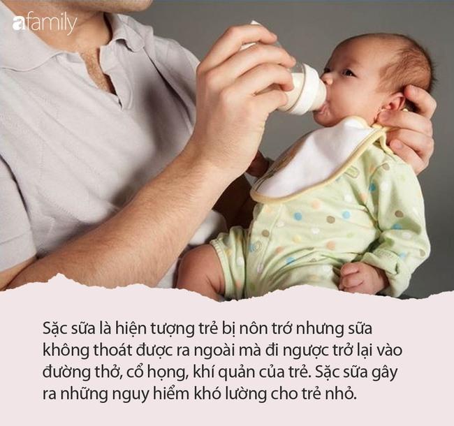 Cho con 6 tháng ăn no rồi đặt ngủ ngay, người mẹ tranh thủ đi ăn cơm nhưng khi quay lại thì đứa bé đã không còn thở - Ảnh 3.