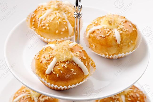 Độc quyền: Hot mom Huỳnh Phương Trang chia sẻ công thức bánh mì phô mai bơ tỏi Hàn Quốc cực đỉnh - Ảnh 5.
