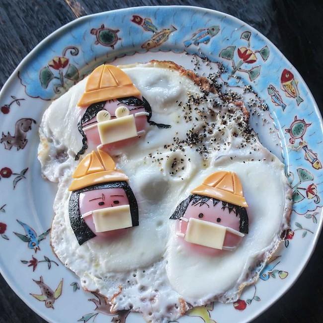 """""""Học lỏm"""" mẹ Nhật cách biến trứng chiên thành món ăn siêu hấp dẫn mà ai nhìn thấy cũng phải thèm thuồng - Ảnh 3."""
