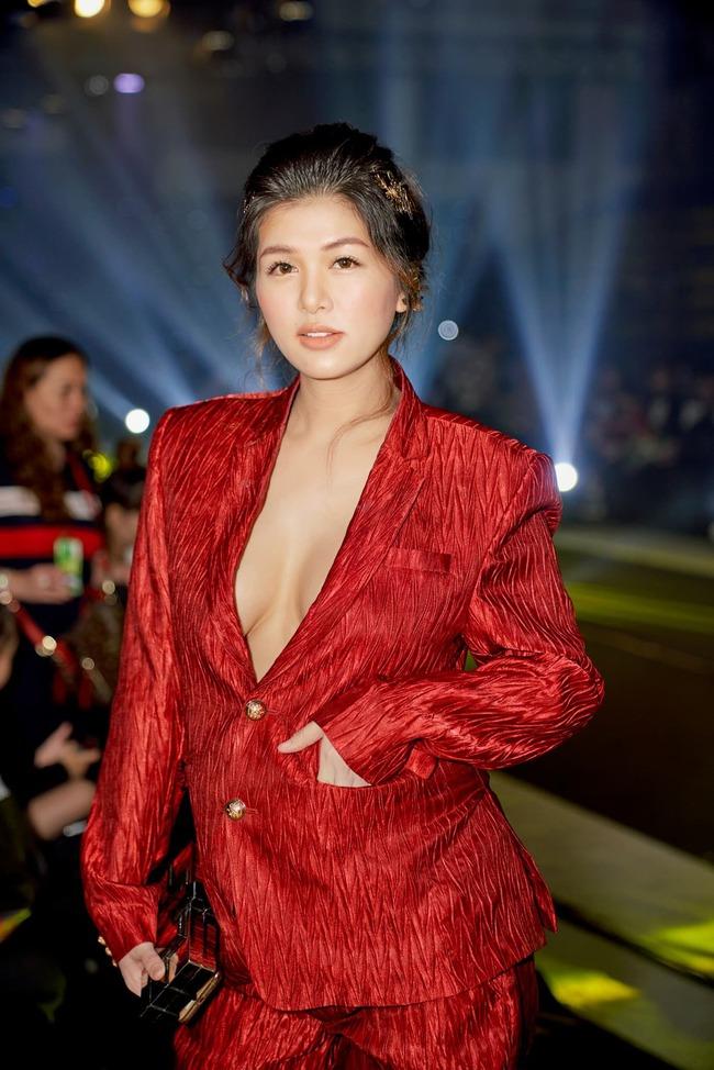 """Hoa hậu U40 """"ham đẻ"""" nhất showbiz  Việt trải qua 6 lần mang thai vẫn rạng rỡ, đăng ảnh bầu 9 tháng mà nhiều người choáng váng - Ảnh 4."""