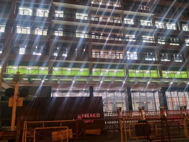 Một số cán bộ y tế BV Bạch Mai đang được cách ly tại nhà 9 tầng