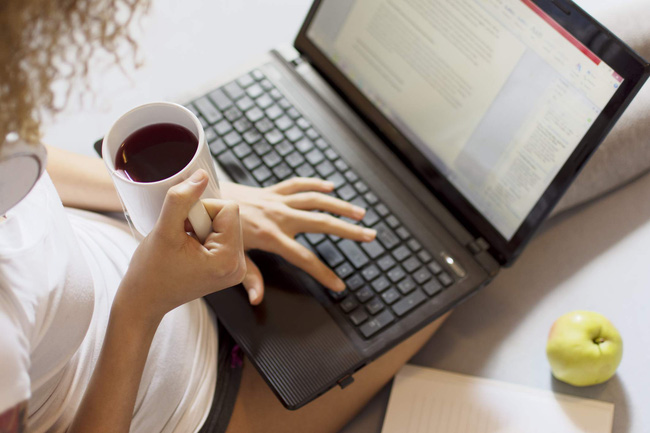 Làm việc tại nhà để phòng chống dịch Covid-19: Chuyên gia dinh dưỡng đưa ra 5 giải pháp chặn đứng ăn uống quá độ, ăn theo cảm xúc - Ảnh 5.