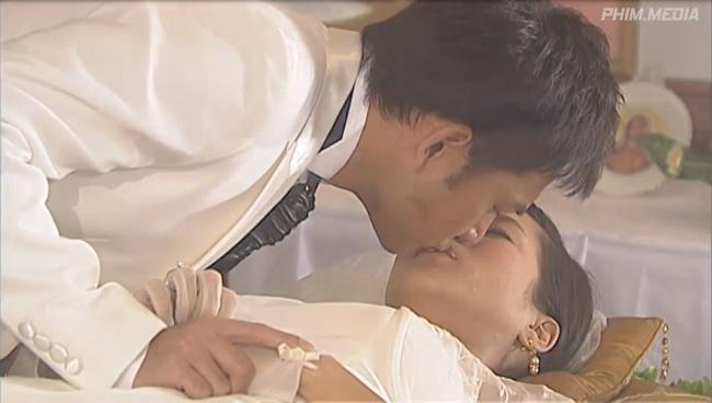 """""""Bằng chứng thép"""" thảm nhất lịch sử TVB: Hồ Định Hân bị hại, sốc nhất là Hoa hậu Chung Gia Hân """"chết"""" trước ngày cưới - Ảnh 9."""
