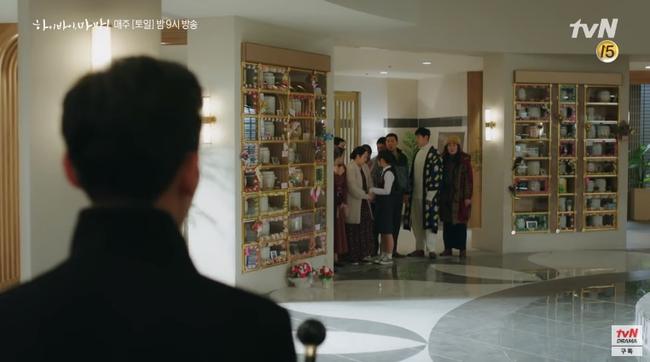 """""""Hi Bye, Mama"""": Kim Tae Hee hóa """"chị đại xã hội đen"""" siêu ngầu, đối đầu với thần chết Pyo Chi Su (Crash Landing On You)? - Ảnh 7."""