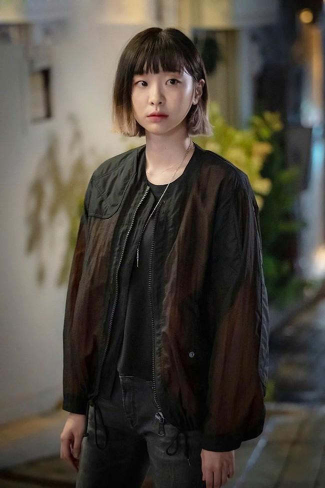 """""""Điên nữ"""" của """"Itaewon Class"""" Kim Da Mi: Sở hữu học lực khủng, đi du lịch một mình là điều nổi loạn duy nhất từng làm - Ảnh 2."""