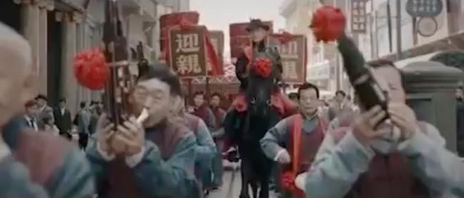 """""""Bên tóc mai không phải Hải Đường Hồng"""": Lộ cảnh động phòng ngượng đỏ mặt của Xa Thi Mạn - Huỳnh Hiểu Minh - Ảnh 4."""