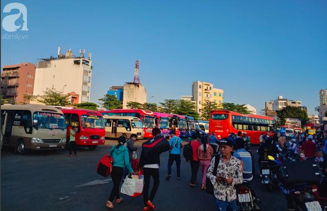 Nóng: Từ 0h ngày ngày 28/3, TP.HCM tạm ngừng hoạt động 54 tuyến xe buýt - Ảnh 2.