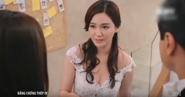 """""""Bằng chứng thép 4"""" của TVB: Bùng nổ cảnh đám cưới, vòng 1 căng đầy của Top 5 Hoa hậu Hồng Kông gây chú ý - Ảnh 12."""