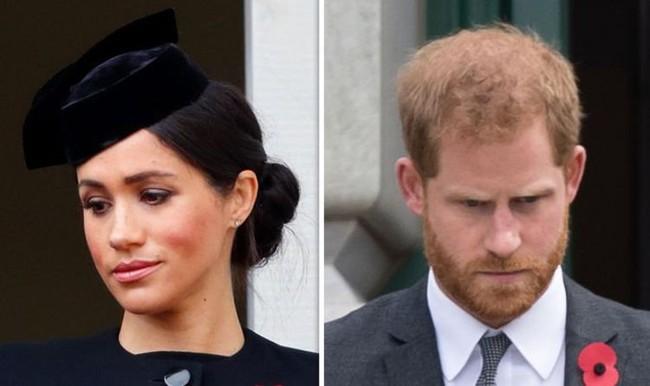 Cuộc sống mới ở Mỹ của nhà Sussex: Harry bắt đầu hối hận còn Meghan Markle có cảm xúc hoàn toàn ngược lại - Ảnh 1.