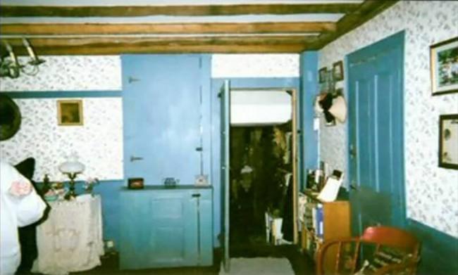 """Ngôi nhà có thật trong """"The Conjuring"""": 7 người trong gia đình lần lượt mất mạng, ám ảnh bởi linh hồn người phụ nữ từng là kẻ sát nhân - Ảnh 3."""