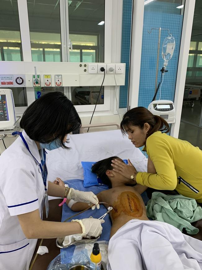 Cứu sống bệnh nhi 14 tuổi bị u nang ống mật chủ và viêm tụy nguy hiểm - Ảnh 1.