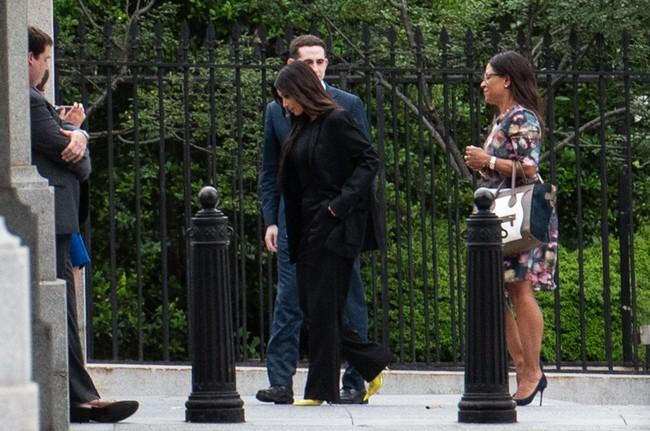 """Vén màn công thức bí mật giúp Kim Kardashian từ """"người hầu"""" theo sau Paris Hilton trở thành nữ hoàng tạo nên """"đế chế tỷ đô"""" - Ảnh 16."""