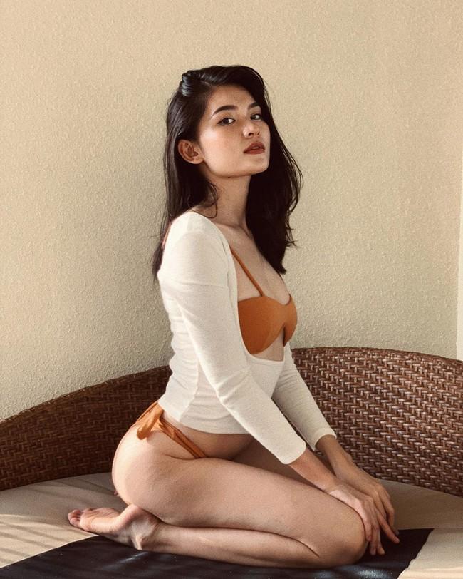 """Không dùng app """"cà"""" mịn da, Á hậu Thùy Dung diện bikini khoe vết rạn mông rõ mồn một nhưng điểm sexy lại tăng gấp bội"""