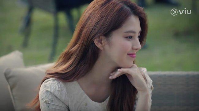"""""""Bản sao"""" Song Hye Kyo - Tiểu tam giật chồng của Kim Hee Ae trong phim gắn mác 18+ lộ ảnh quá khứ ăn chơi trác táng - Ảnh 2."""