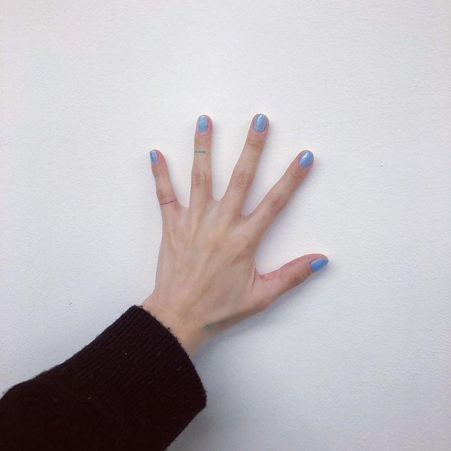 """Bộ sưu tập nail của Hyuna: Nhiều bộ đơn giản đến nỗi bạn có thể tự """"tút tát"""", thích style ngọt ngào hay sang chảnh quyền lực đều có hết - Ảnh 6."""