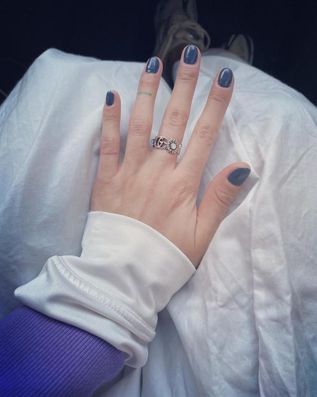 """Bộ sưu tập nail của Hyuna: Nhiều bộ đơn giản đến nỗi bạn có thể tự """"tút tát"""", thích style ngọt ngào hay sang chảnh quyền lực đều có hết - Ảnh 1."""