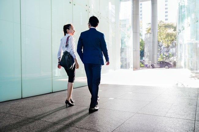 Khuyên dân công sở đừng chọn công việc mà hãy chọn sếp, nàng công sở nhiều nhận ý kiến trái chiều từ dân mạng - Ảnh 2.