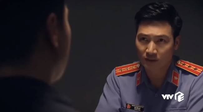 """""""Sinh tử"""" tập 78: Việt Anh - Chí Nhân ngồi tù nhưng vẫn ngoan cố khai báo gian dối khiến Mạnh Trường phải dằn mặt - Ảnh 4."""