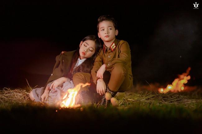 """Dân mạng """"đổ gục"""" vì """"Hạ cánh nơi anh"""" phiên bản nhí, chuyện tình lãng mạn của Se-ri và Jung Hyuk được tái hiện đẹp nao lòng - Ảnh 11."""