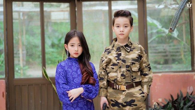"""Dân mạng """"đổ gục"""" vì """"Hạ cánh nơi anh"""" phiên bản nhí, chuyện tình lãng mạn của Se-ri và Jung Hyuk được tái hiện đẹp nao lòng - Ảnh 14."""