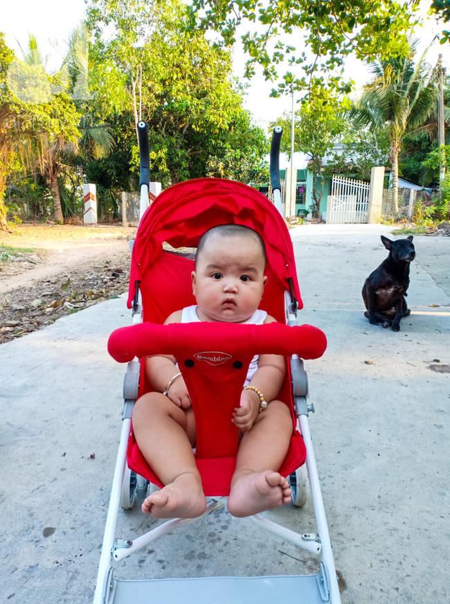 Mẹ 9x Đồng Nai sinh non ở tuần 34, con bị vàng da, viêm phổi và sự thay đổi ngỡ ngàng của em bé sau 7 tháng gặp lại - Ảnh 8.