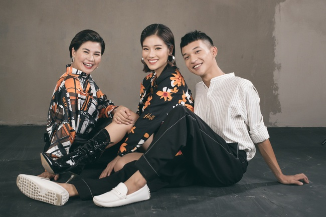 Hoàng Yến Chibi khoe mẹ xinh sang chảnh, tiết lộ em trai vừa đi du học  - Ảnh 6.