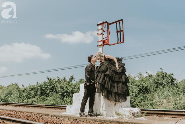 Sự thật về bộ ảnh cưới màu đen gây chú ý mạng xã hội và câu chuyện tình yêu bên nhau 8 năm, từ khi nàng mới 16, chàng 18 tuổi - Ảnh 3.