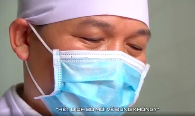 Lan Ngọc - Đức Phúc - Hồ Quang Hiếu cổ vũ Việt Nam giành chiến thắng, xúc động tự hào khi các bác sĩ, y tá xuất hiện - Ảnh 11.