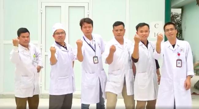 Lan Ngọc - Đức Phúc - Hồ Quang Hiếu cổ vũ Việt Nam giành chiến thắng, xúc động tự hào khi các bác sĩ, y tá xuất hiện - Ảnh 10.