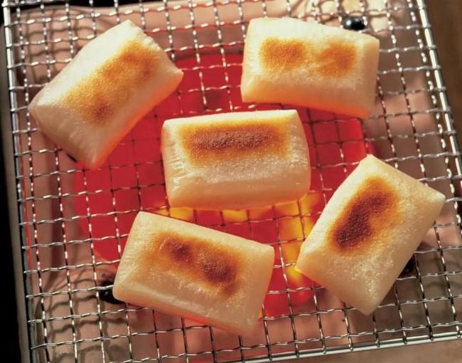 Càng mềm dẻo càng chết người, bánh gạo đã trở thành sát thủ hàng đầu đối với người lớn tuổi ở Nhật Bản như thế nào? - Ảnh 1.