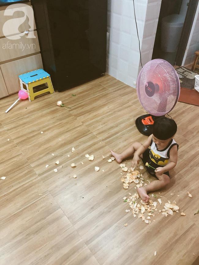 Để 2 con trai tự trông nhau đi rửa bát, mẹ Nha Trang hoảng hốt thấy căn nhà không góc nào còn nguyên vẹn, thứ bé dán lên trán mới buồn cười - Ảnh 11.