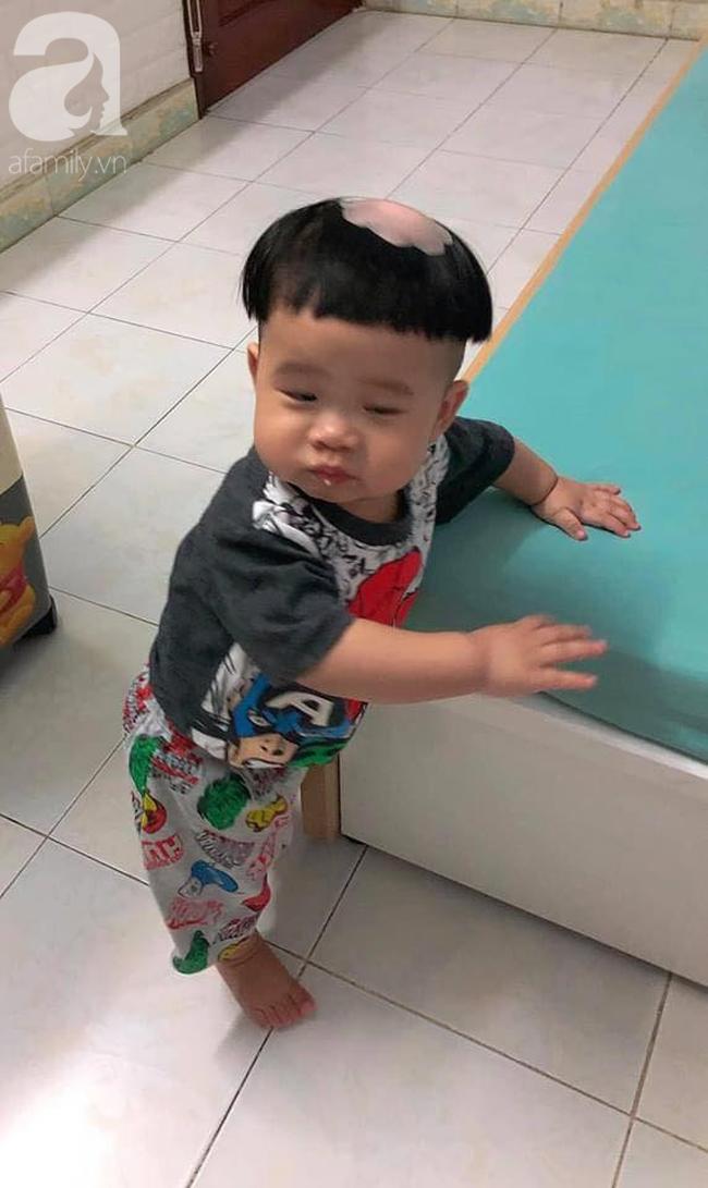 Để 2 con trai tự trông nhau đi rửa bát, mẹ Nha Trang hoảng hốt thấy căn nhà không góc nào còn nguyên vẹn, thứ bé dán lên trán mới buồn cười - Ảnh 9.