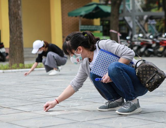 """Chủ cây ATM gạo đầu tiên ở Hà Nội: """"Rất nhiều người phản đối, không cho làm nhưng với tôi đầu tiên là có gạo cho người dân sớm phút nào hay phút đấy"""" - Ảnh 5."""