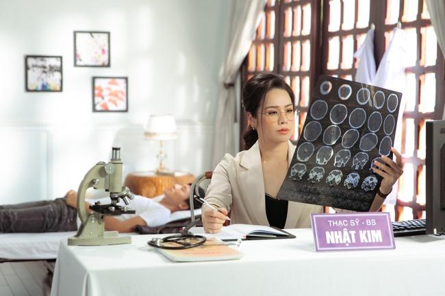 Nhật Kim Anh đóng vai nữ bác sĩ, gửi lời cảm ơn những người đứng tuyến đầu chống dịch  - Ảnh 12.