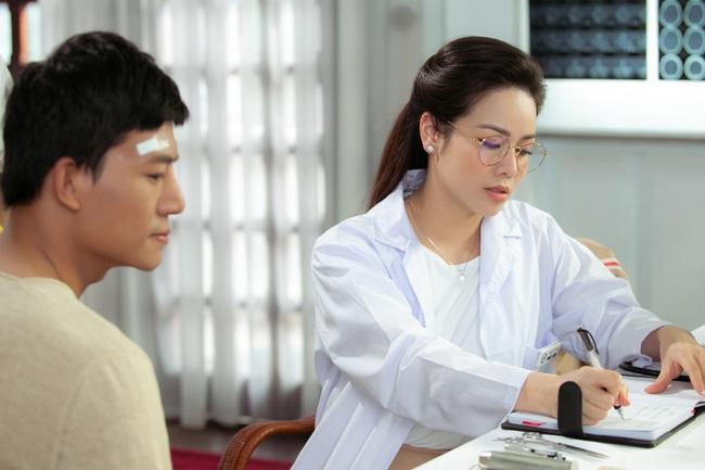 Nhật Kim Anh đóng vai nữ bác sĩ, gửi lời cảm ơn những người đứng tuyến đầu chống dịch  - Ảnh 3.