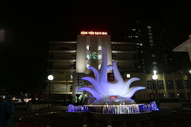 Bệnh viện Bạch Mai cấp nước sôi miễn phí, chấm dứt hợp đồng với Trường Sinh - Ảnh 3.