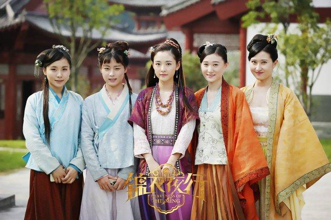 """""""Lê hấp đường phèn"""" vừa hết Ngô Thiến đã bị réo gọi vì phim đóng với Trương Hàn - Park Min Young chưa phát sóng - Ảnh 11."""