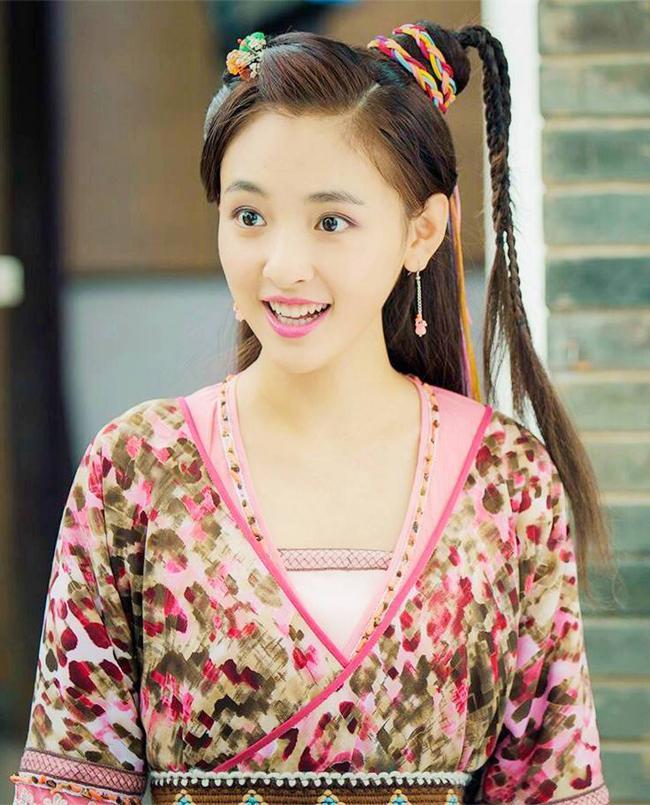 """""""Lê hấp đường phèn"""" vừa hết Ngô Thiến đã bị réo gọi vì phim đóng với Trương Hàn - Park Min Young chưa phát sóng - Ảnh 7."""