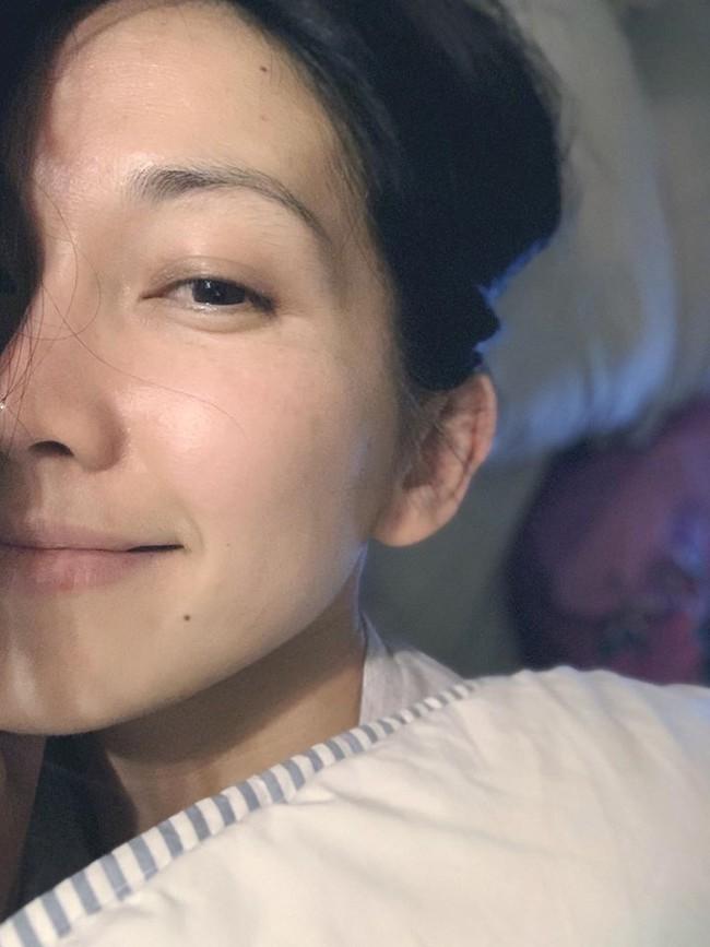 Kim Hiền nhắn gửi: Chúc cả nhà một ngày mới nhiều sức khỏe và cố lên mọi người nhen.