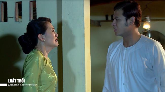 """""""Luật trời"""": Bích (Quỳnh Lam) mắc cỡ vì nghĩ xấu cho cậu chủ, nửa đêm nhớ cảnh bị rình mò khi đi tắm  - Ảnh 10."""
