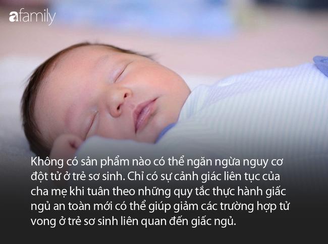 Không phải cứ ngủ cạnh mẹ là yên tâm, chuyên gia khuyến cáo bố mẹ việc cần làm để đảm bảo giấc ngủ an toàn cho con - Ảnh 4.