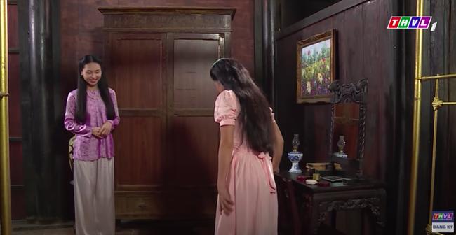 """""""Luật trời"""": Cảnh ngọt cực phẩm đã đến, cậu chủ đẹp trai đỏ mặt ôm cô hầu xinh đẹp Bích (Quỳnh Lam) - Ảnh 3."""