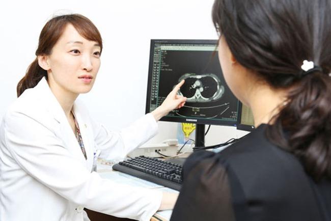 Giảm cân nhưng vòng eo và bụng lại tăng size thấy rõ, chị em đừng chủ quan vì căn bệnh quen thuộc với phụ nữ đã bắt đầu khởi phát - Ảnh 2.