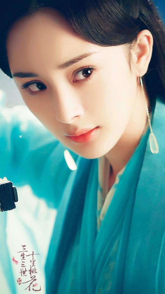 Học vấn diễn xuất của dàn Tiểu Hoa: Dương Mịch - Địch Lệ Nhiệt Ba cao quý, Angelababy - Triệu Lệ Dĩnh mãi bị chê cười - Ảnh 7.