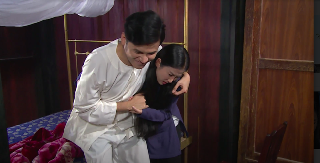 """""""Luật trời"""": Bích (Quỳnh Lam) suýt hôn môi Tiến, cậu chủ đẹp trai vì mê đắm cô hầu mà đổi tính  - Ảnh 5."""