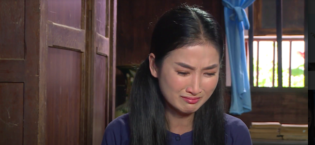 """""""Luật trời"""": Bích (Quỳnh Lam) suýt hôn môi Tiến, cậu chủ đẹp trai vì mê đắm cô hầu mà đổi tính  - Ảnh 3."""