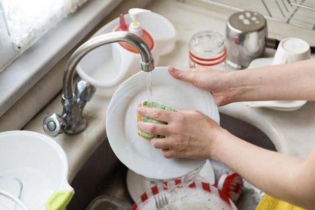 Cách ly xã hội đang gây ảnh hưởng sức khỏe thể chất: Cứ làm đều đặn những công việc nhà này thì chẳng có gì bạn phải bận tâm! - Ảnh 6.