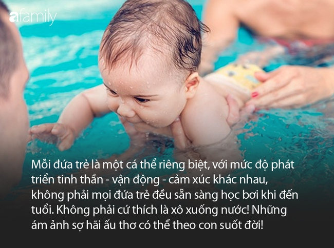 """Từ vụ bé trai đi học bơi mà khóc ngằn ngặt vì sợ, bác sĩ Nhi lên tiếng: """"Học bơi khác chơi với nước"""" - Ảnh 4."""